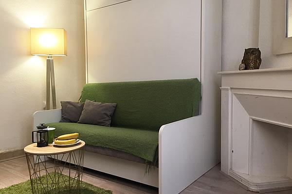 location studio meubl lyon tout quip internet plein centre. Black Bedroom Furniture Sets. Home Design Ideas